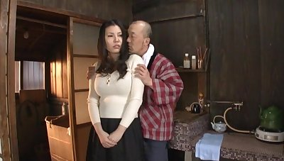 Quickie fucking at domicile with busty Japanese housewife Sophia Takigawa