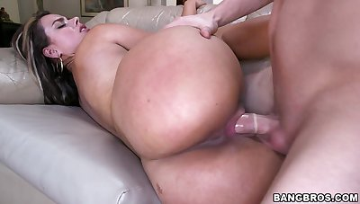 Big spoils girls rammed by make an issue of same lover