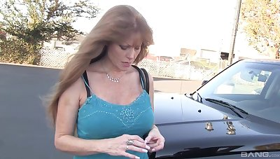 The man adult Darla Crane gives a sloppy blowjob to a lucky toff