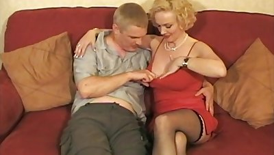 Horny mature wife Frankie enjoys getting fucked by her darling