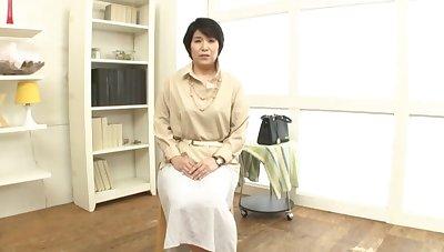 Shy Japanese mature Sanada Youko moans while sucking a dick