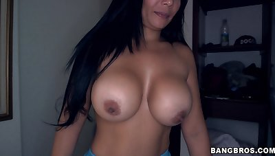 POV video of a naughty forty maid giving a blowjob - Casandra