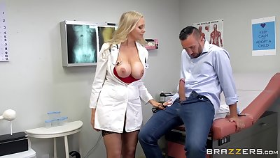 Sissified doctor uses her know-how to suit this urchin with rub-down A number porn