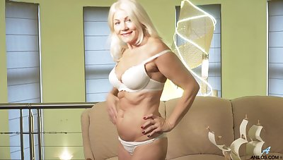 Sylvie is a smoking hot blonde who loves massaging will not hear of wet pussy