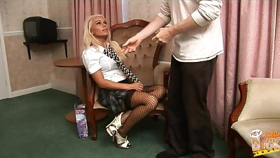 Nice quickie gender with cock hungry blondie Caprice Jane